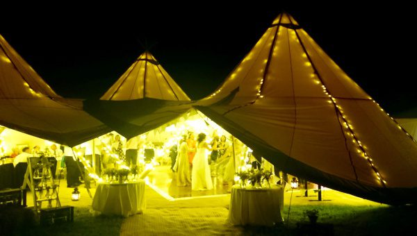 Usual-Suspects-Wedding-Band-For-Hire-Bride-Tipi