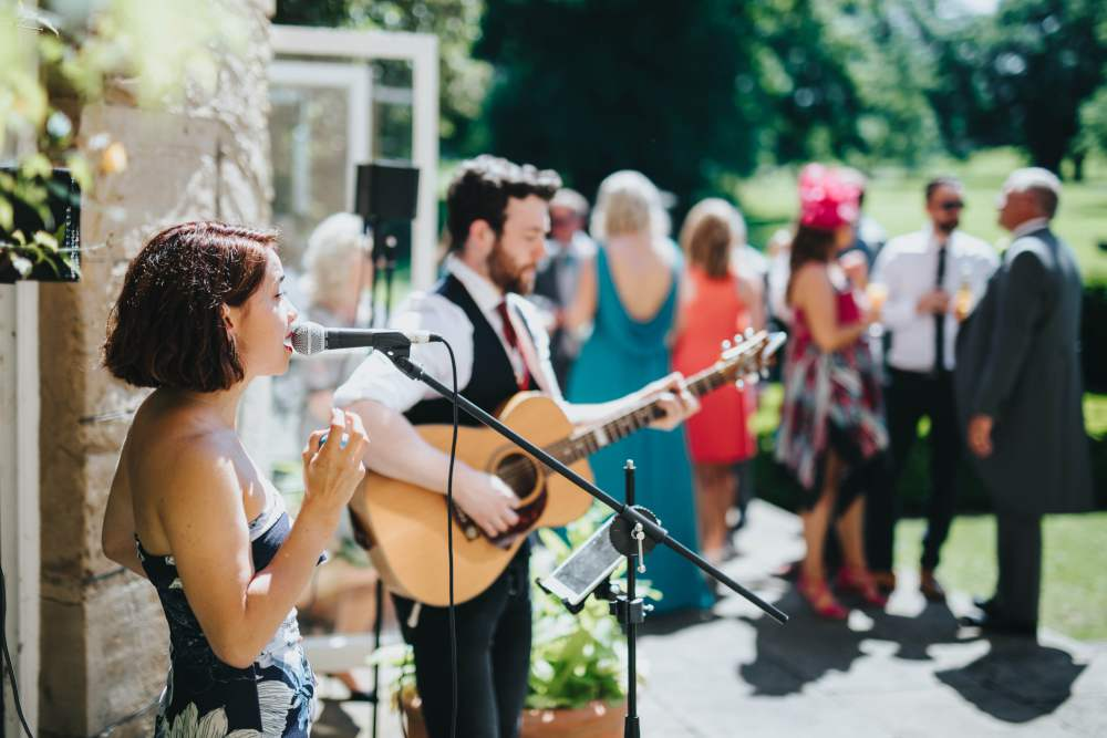 Rae-Live-Band-For-Weddings