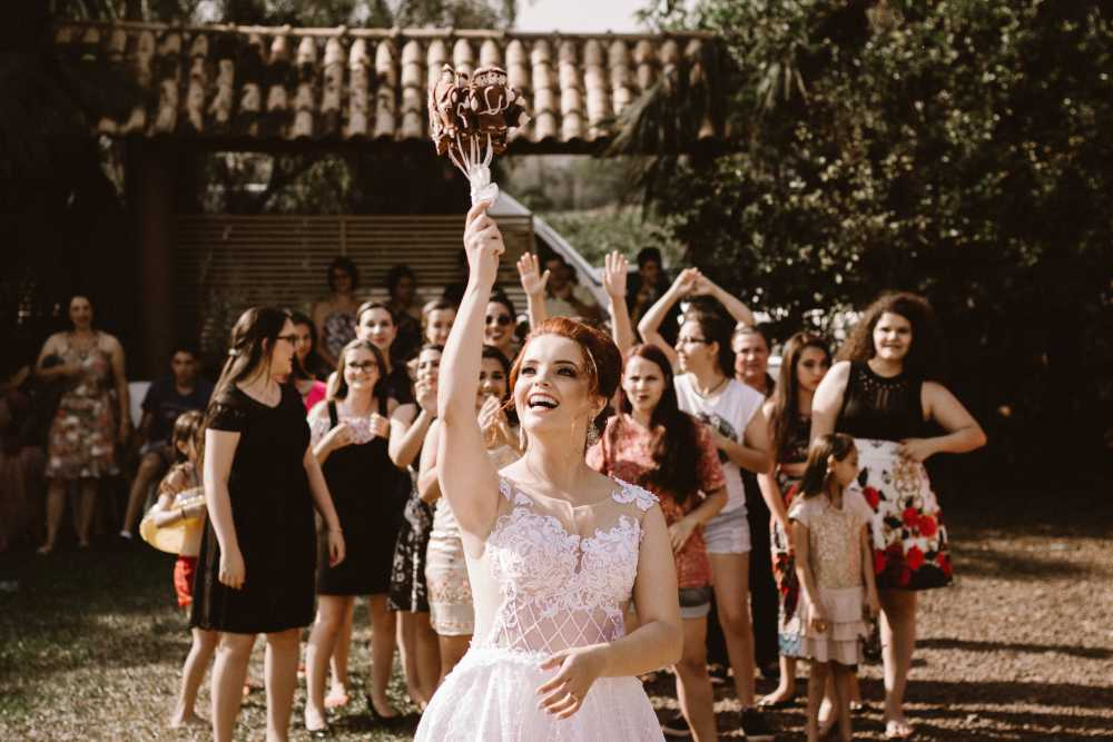 Wedding-Abroad-Throwing-Flowers