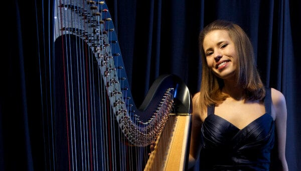 Valeria-Wedding-Harpist-For-Hire